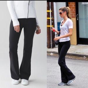 Lululemon Athletica Black Groove Pants Size 8